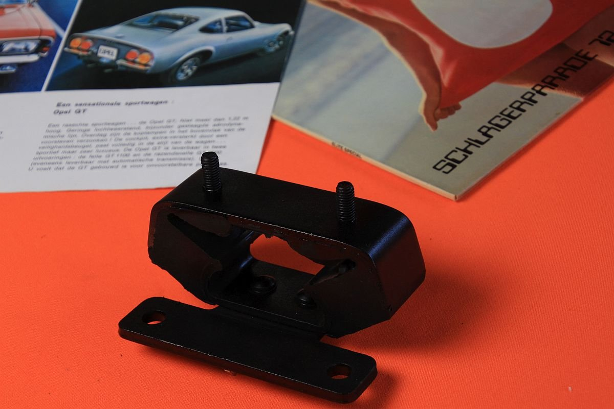 Getriebelagerbock Automatic Opel GT