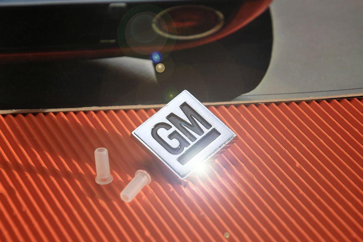 GM Emblem Tankblech Opel GT
